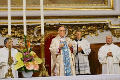 Riaprono le chiese: le disposizioni del Vescovo