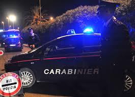 Non si ferma all'alt, 23 enne arrestato dai Carabinieri