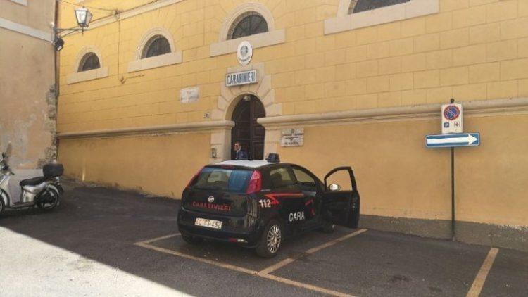 Casa trasformata in base per lo spaccio: arrestato giovane di Tarquinia