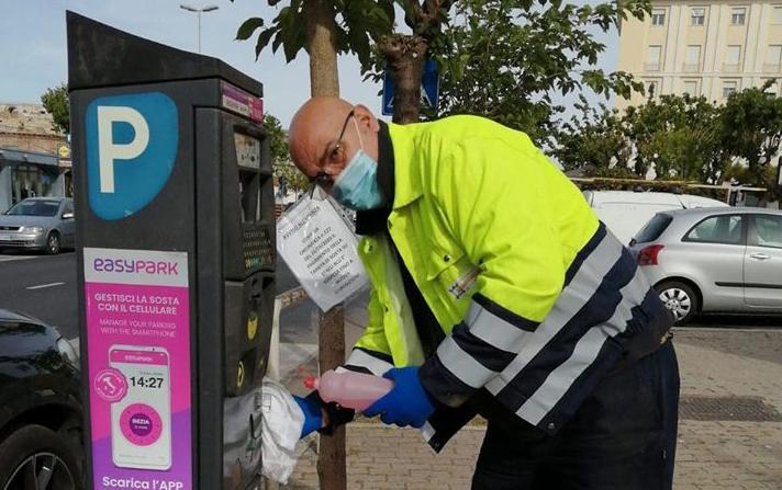 Via alle operazioni di sanificazione dei parcometri presenti sul territorio cittadino