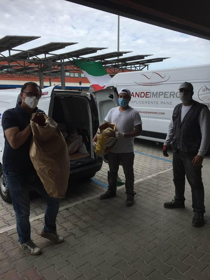 Il Grande Impero, sponsor del Borgo San Martino, dona il pane alle famiglie di Ladispoli