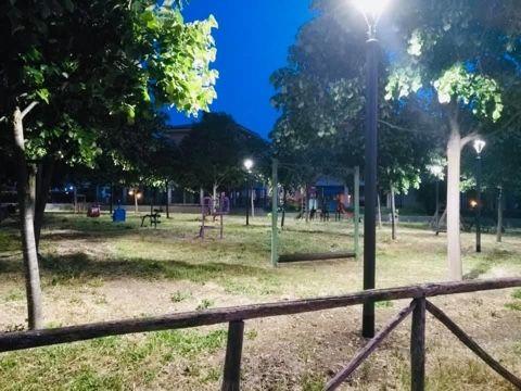 Illuminato il parco giochi di Martin Luther King