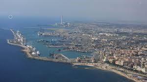 """M5S: """"Silenzio assordante attorno al porto"""""""