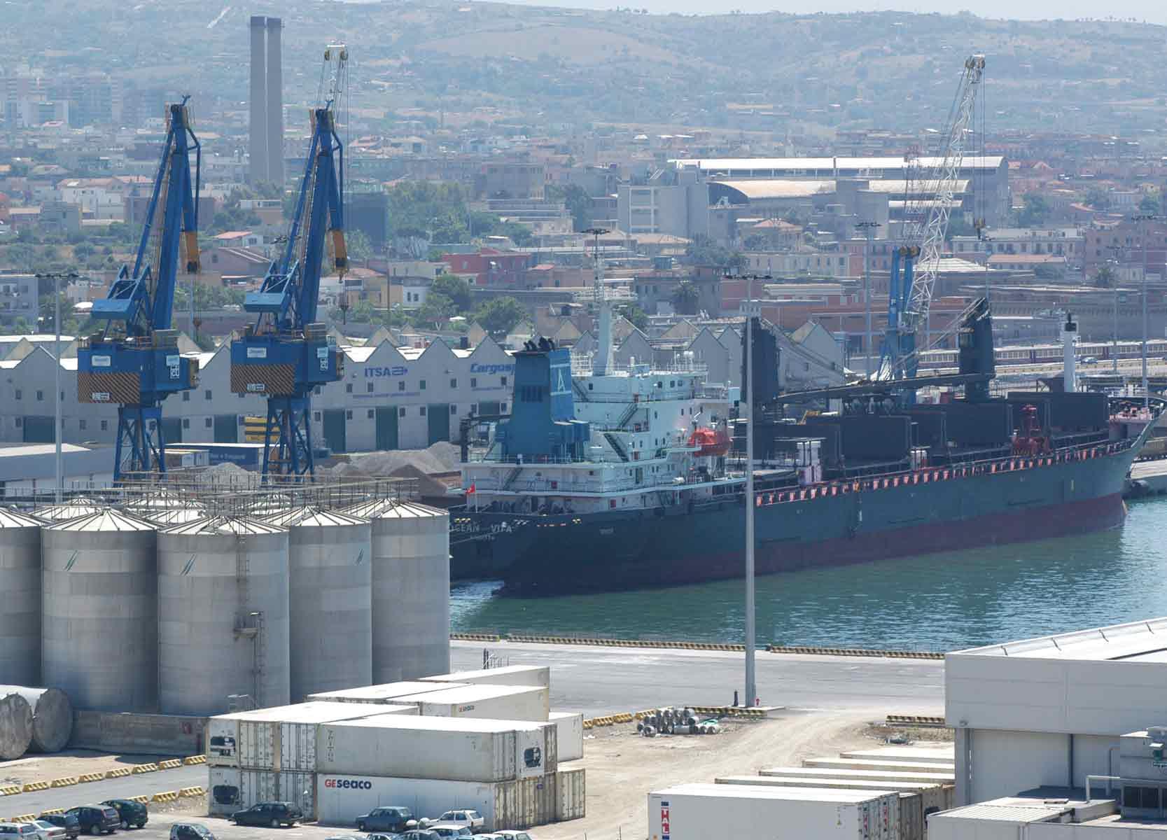 """""""Il porto di Civitavecchia non deve morire"""": tre proposte di Fit-Cisl"""