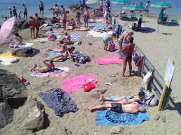 «Spiagge libere, posto per tutti non c'è»