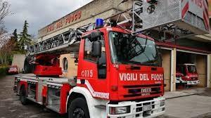 Vigili del fuoco trovano 74enne senza vita nella sua abitazione