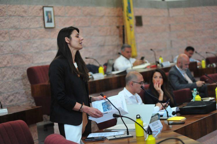 Il bilancio passa l'esame del Consiglio: 15 voti favorevoli