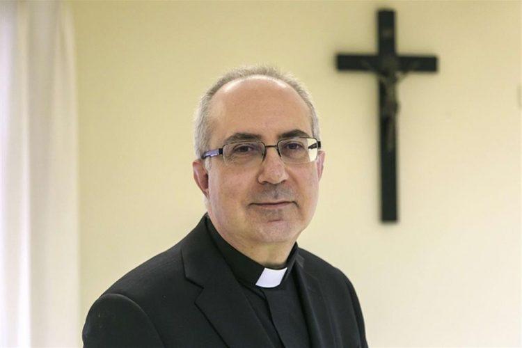 Il vescovo Gianrico Ruzza inizia il servizio episcopale