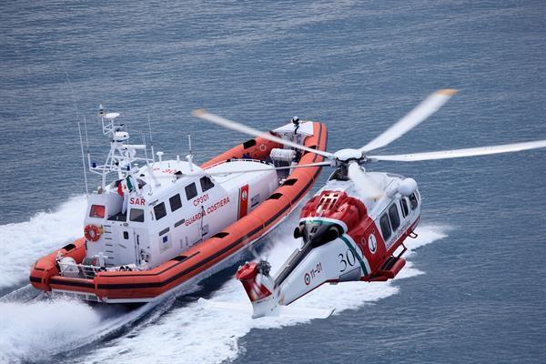 Soccorso della Capitaneria di Porto di Civitavecchia per imbarcazione in avaria a largo di Ponza