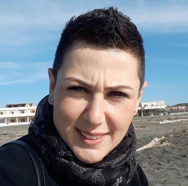 Lacrime e dolore per l'ultimo saluto a Lauretta Cardarelli