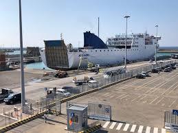 Porto, riprendono i collegamenti passeggeri