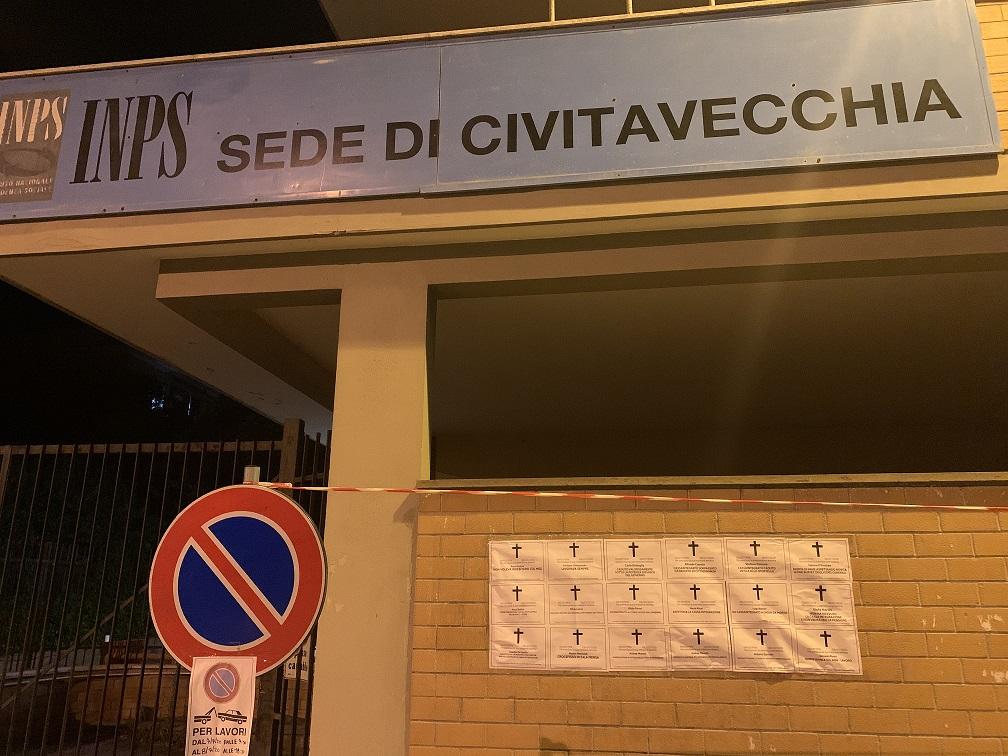 CIG, azione dimostrativa di Casapound Italia davanti alle sedi INPS