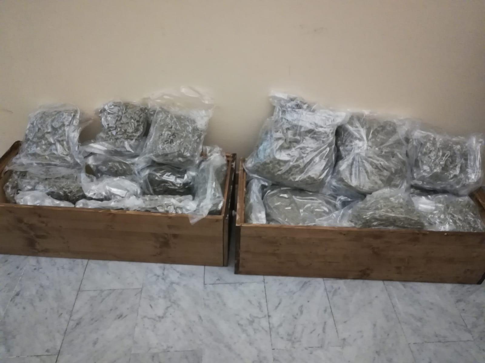 Un civitavecchiese tra i destinatari dei 23 chili di marijuana