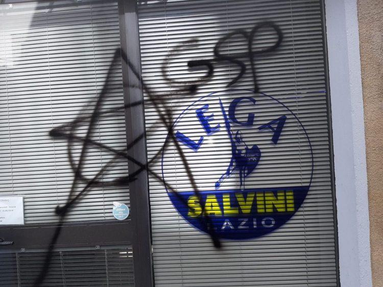 Scritte inneggianti alle Brigate rosse nella sede della Lega di Tarquinia e Viterbo: indaga la Polizia