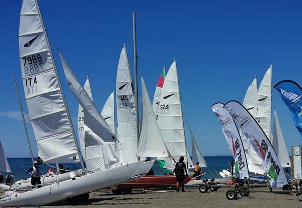 Grande successo per la regata nazionale Catamarani Classe Dart 18