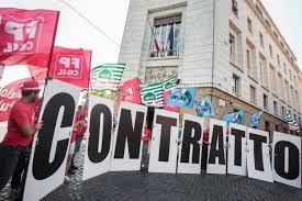 Sanità Privata Lazio, lavoratori in piazza davanti alla Prefettura di Roma