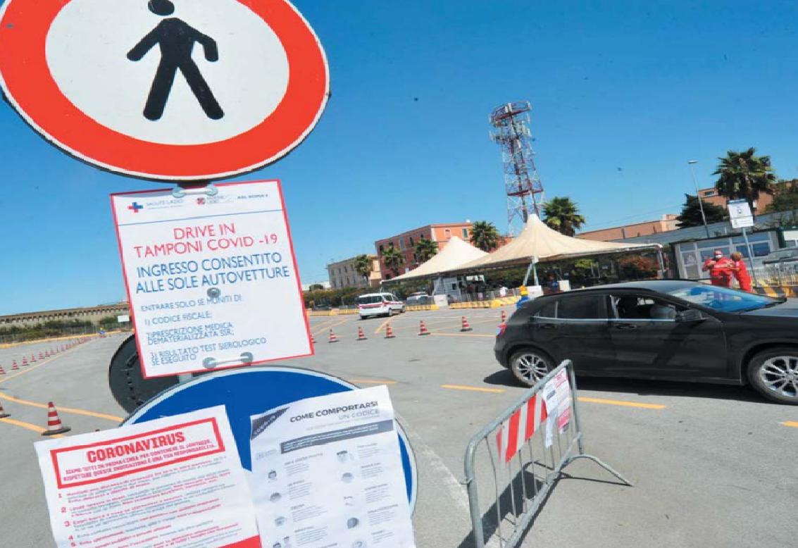 Covid, boom di test ai drive-in: soltanto ieri oltre 600 a Civitavecchia