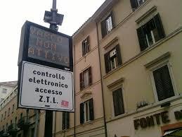 Riapertura ZTL Roma centro, commercianti domani in piazza