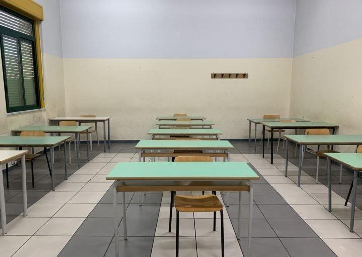 Bufera politica sulla riapertura delle scuole