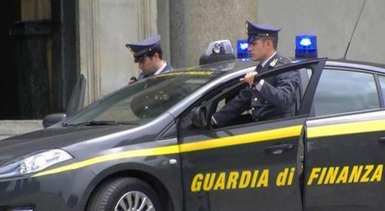 Autodemolizioni: ancora un sequestro della Finanza di Civitavecchia