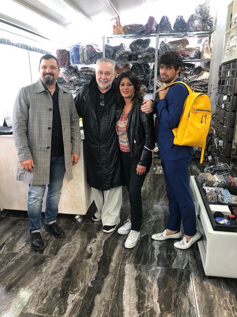 Lele Mora in visita ai laboratori della Antonio Couture