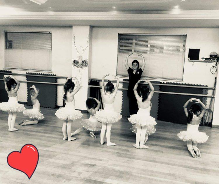 Nuovo Dpcm, la rabbia della maestra di danza Gabriella Moroni: «Tutte le nostre fatiche sono state inutili»