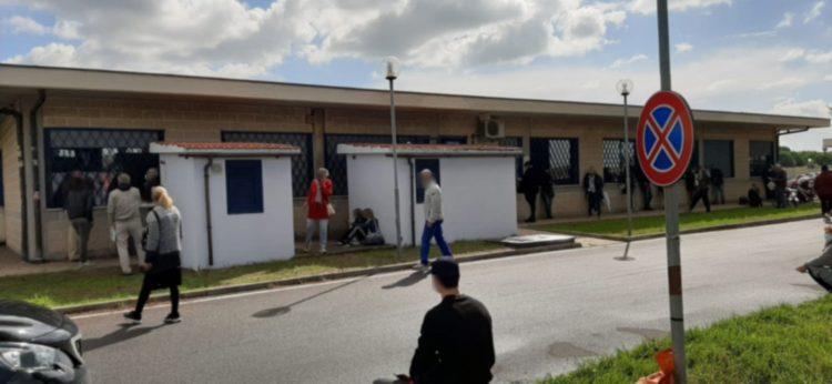 """""""Ladispoli, in fila da ore alla casa della salute per i tamponi"""""""