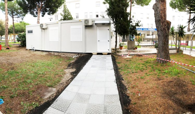 Tamponi Covid, il container al San Paolo riapre martedì