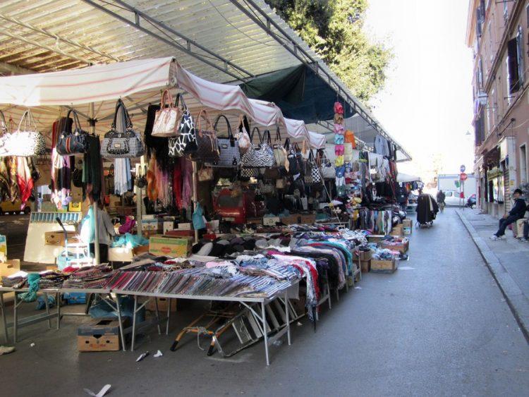Mercato, M5S critico sulla revoca del progetto
