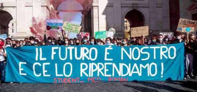 Ambiente, il caso Civitavecchia sbarca a piazza del Popolo