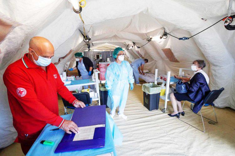 Ospedale San Paolo, salgono a trenta i posti nel reparto covid