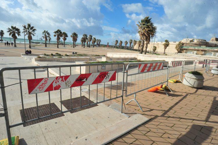 Scattano nuove restrizioni: chiusi parchi, aree verdi, Marina e accessi al mare