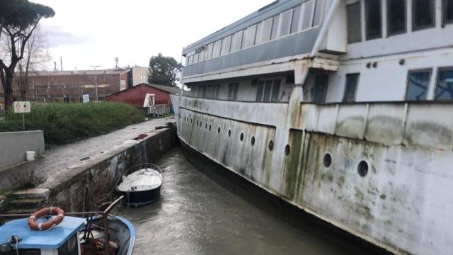 Barcone sul ponte 2 Giugno, Montino: disastro scampato per poco