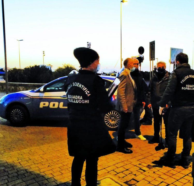 Civitavecchia, accoltellamento in centro: arrestato civitavecchiese. Intervento di un agente libero dal servizio