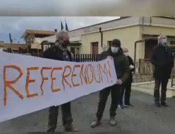 Il comitato scrive a prefetto,  ministri     e Regione: « Ci appelliamo alle istituzioni»