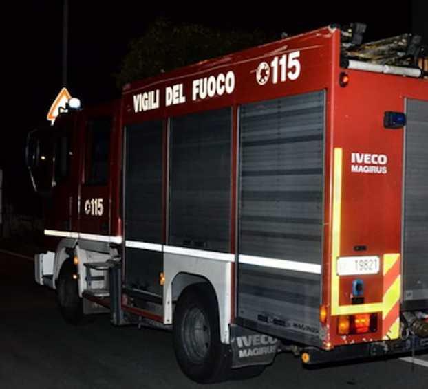 Incendio nel ristorante cinese in via Porto S. Stefano