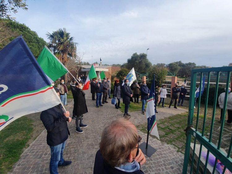 Foibe, manifestazione di Fratelli d'Italia di Civitavecchia al Parco Uliveto
