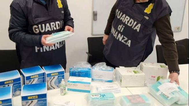 Coronavirus, inchiesta mascherine: sequestri della GdF a Roma per 70milioni di euro