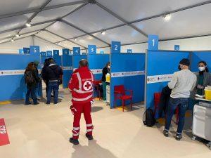Stop AstraZeneca: si ferma l'hub dell'aeroporto di Fiumicino