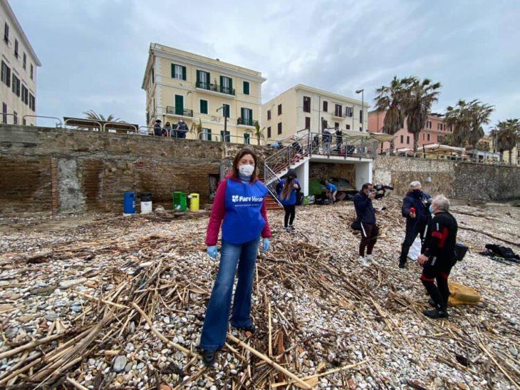 Mare d'inverno, spiagge e fondali di Civitavecchia tornano a brillare