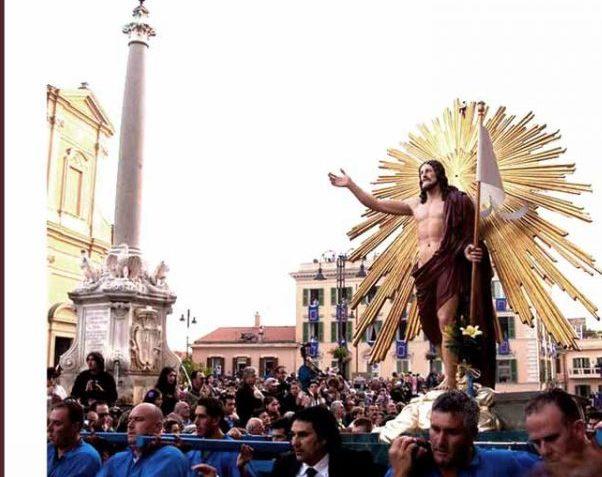 Cristo Risorto, la processione resta viva nel cuore di Tarquinia