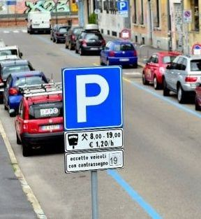 «Parcheggi blu, si scongiuri l'entrata  in vigore di questo ulteriore aggravio»