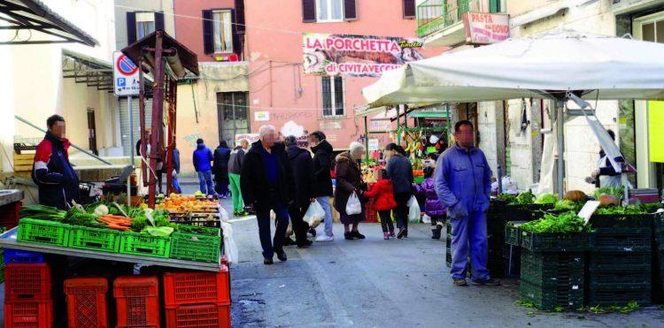 Mercato, riunione a Palazzo del Pincio tra gli operatori     di piazza Regina Margherita e la commissione