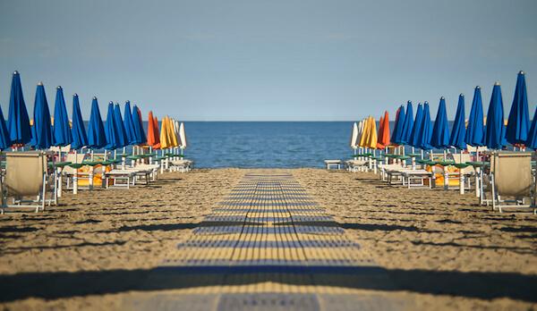 Stagione balneare 2021: avviato il Tavolo tecnico con la Regione che si aggiornerà appena il governo confermerà le date di apertura di ristoranti e stabilimenti balneari
