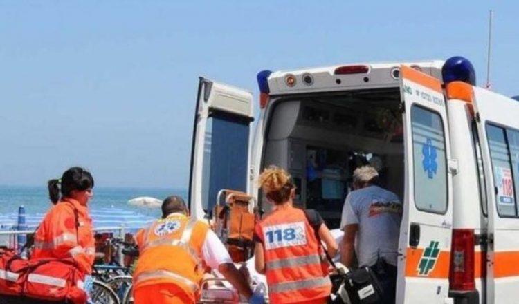 Cerveteri: colto da malore muore mentre pratica windsurf, tragedia a Campo di Mare