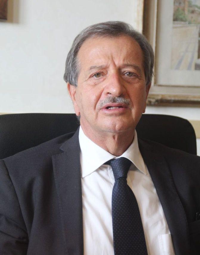 Il sindaco Pietro Tidei si congratula     con la nuova direttrice generale