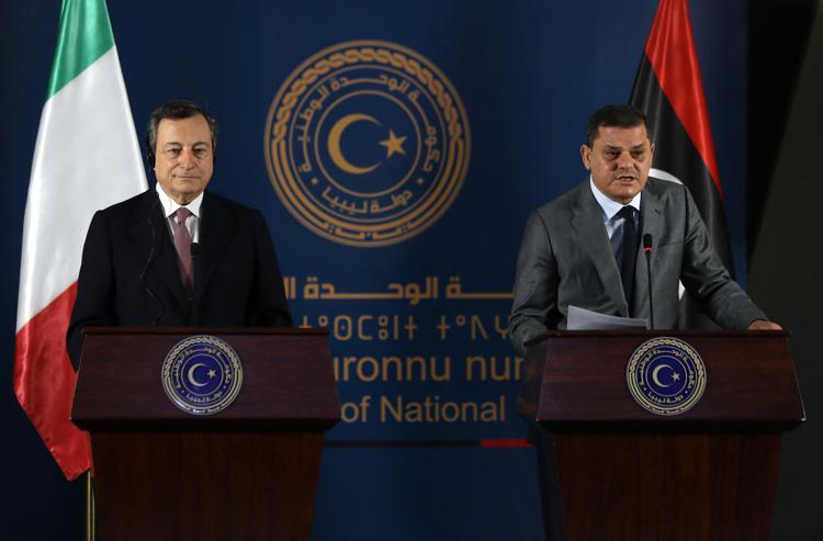 Mario Draghi in Libia: la prima visita di Stato all'estero