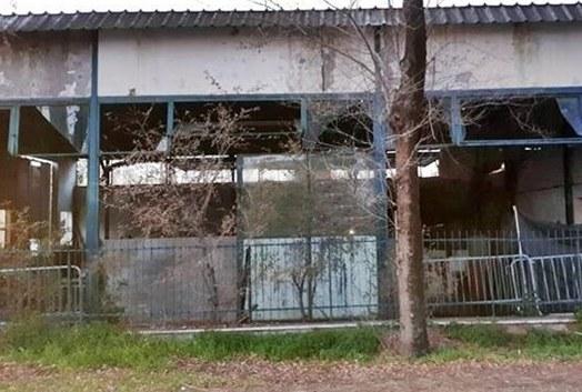 «Nei capannoni di via della Scafa c'è un insediamento abusivo»