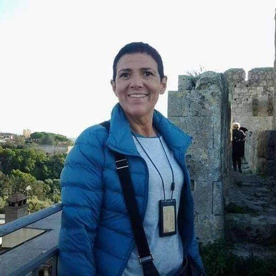 Tarquinia abbraccia l'estate con le iniziative della guida turistica Claudia Moroni