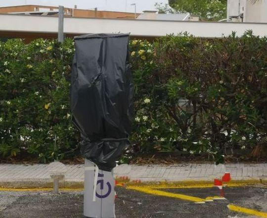 Mancini:  le colonnine     elettriche ancora     non funzionano